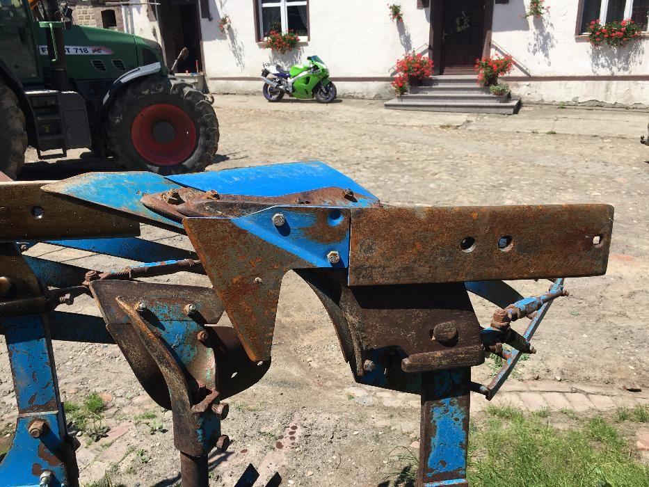Трактора БУ и новые в Псковской области